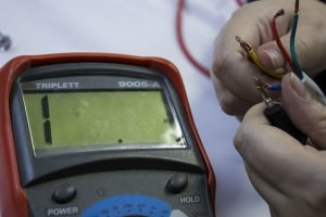 Multimeter test resistance